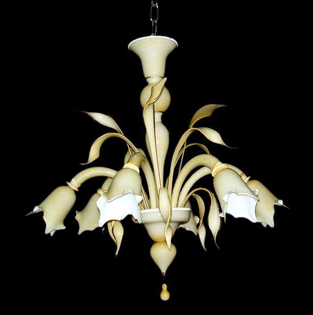 Bottega Veneziana   Lampadario moderno in vetro soffiato di Murano colore ambra, realizza